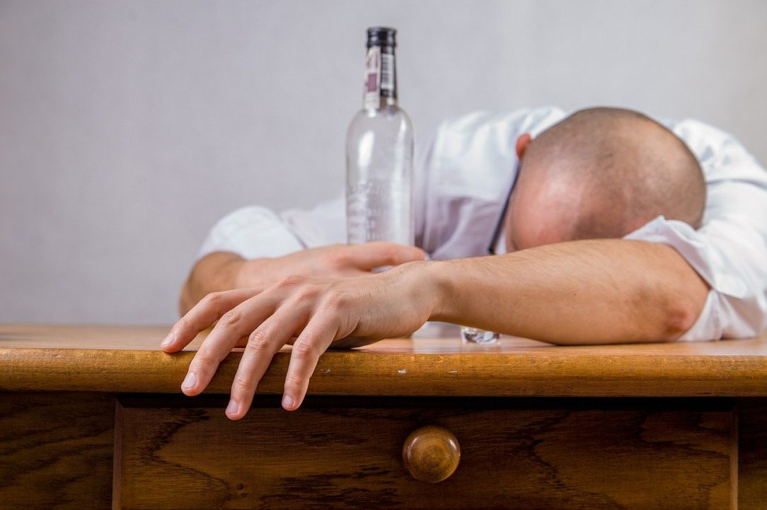 alcohol hangover event 428392 e1592902686880